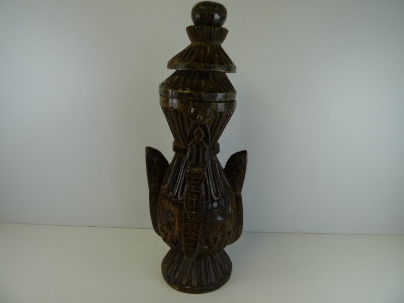 Etnische kunst: Sculptuur met deksel