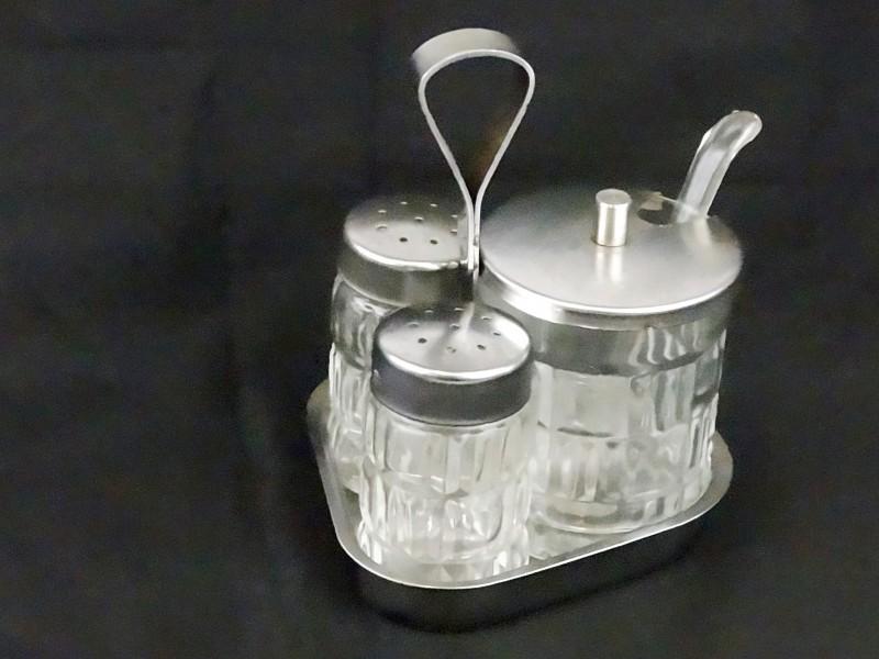 Vintage peper, zout en mosterdsetj