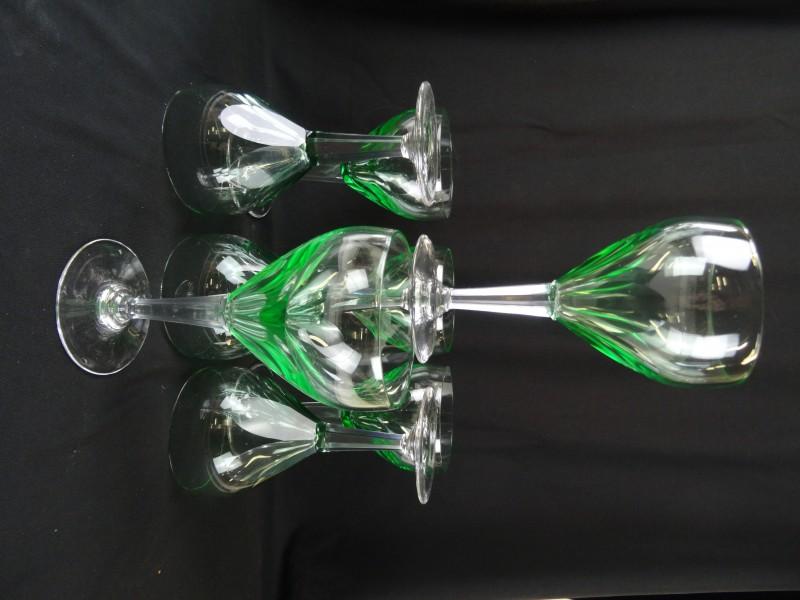 Art-Deco 8 glazen geslepen kristal
