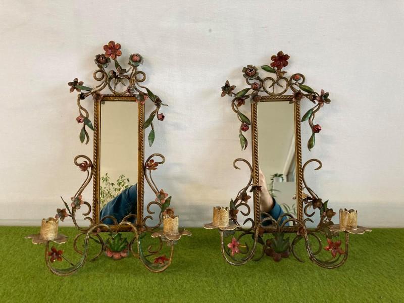 2 spiegels met kandelaars