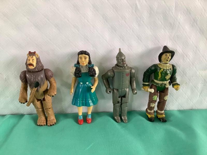 4 figuren uit The Wizard of Oz