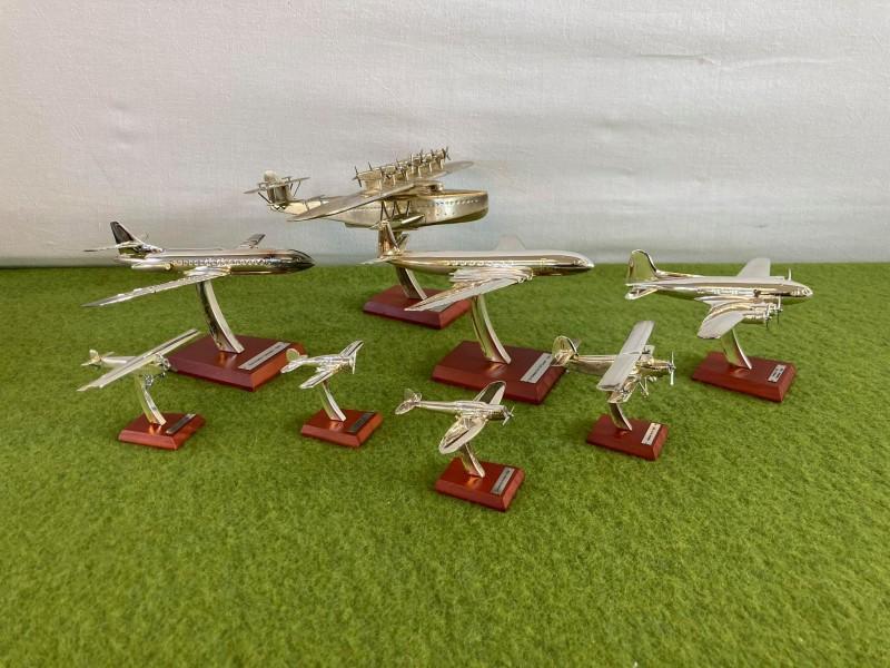 Set van 8 silver plated miniatuurvliegtuigen