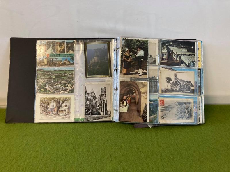 Boek met meer dan 600 oude Franse postkaarten