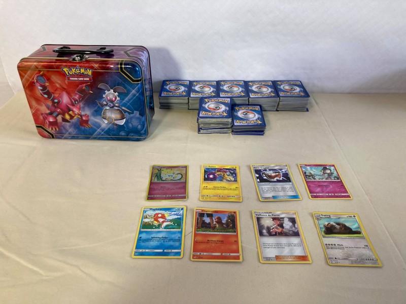 Lot van meer dan 650 Pokemonkaarten