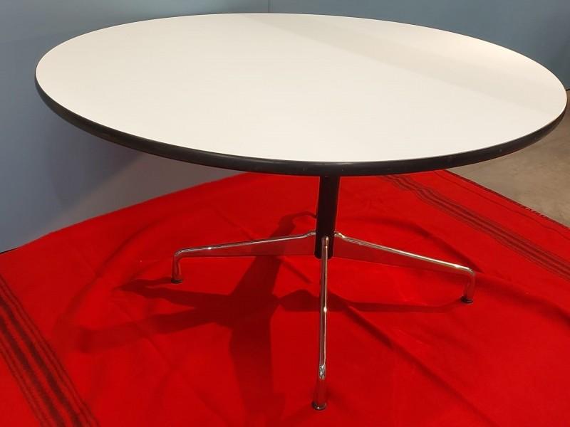 Vitra Eames Segmented table - rond