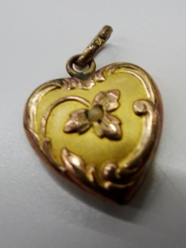 9 kt gouden hangertje hartje