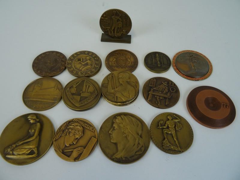 Lot Medailles brons
