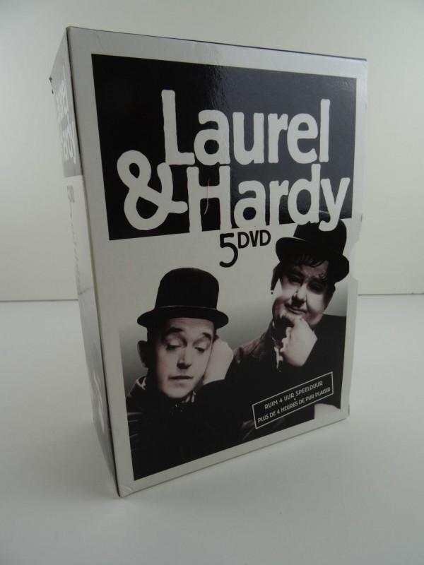 Laurel & Hardy DVD Box
