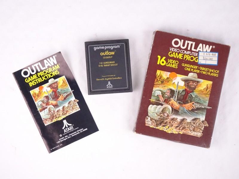 Atari spel Outlaw (WERKT NIET, is wel compleet)