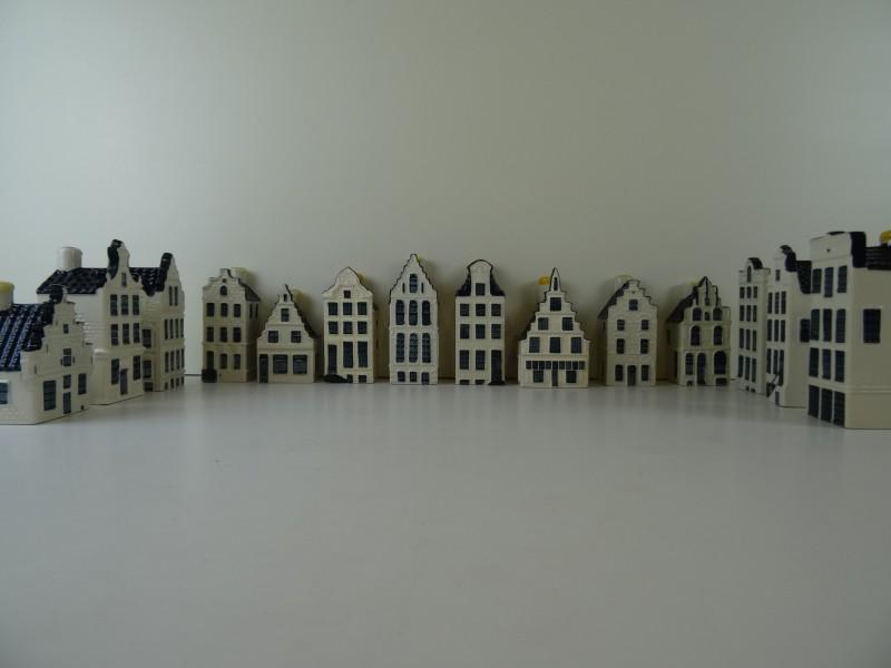 Set van 14 KLM Bols huisjes