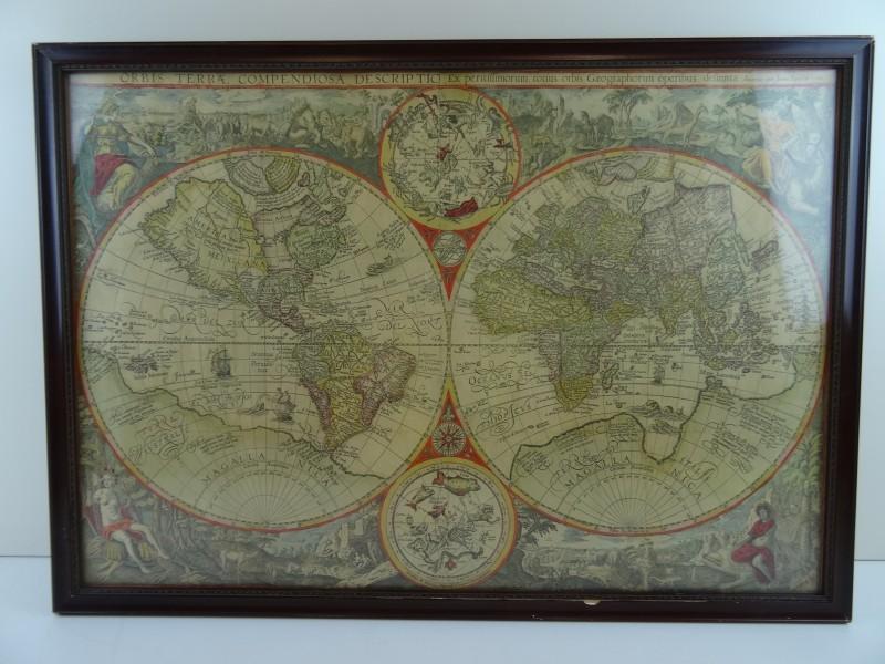 Kader met kaart Orbis Terrae Compendiosa Descriptio Ex (reproductie)