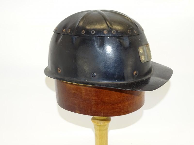 Mijnwerkers Helm Bakeliet maat 56 of 6 7/8