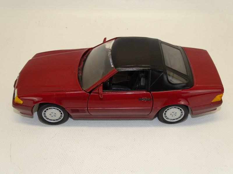 Mercedes-Benz 500 SL Schaal Model, 1:18, 1990