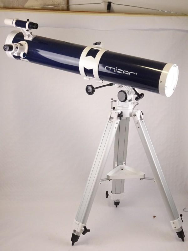 Grote sterrenkijker MIZAR. Model 114900, brandpuntsafstand 900mm