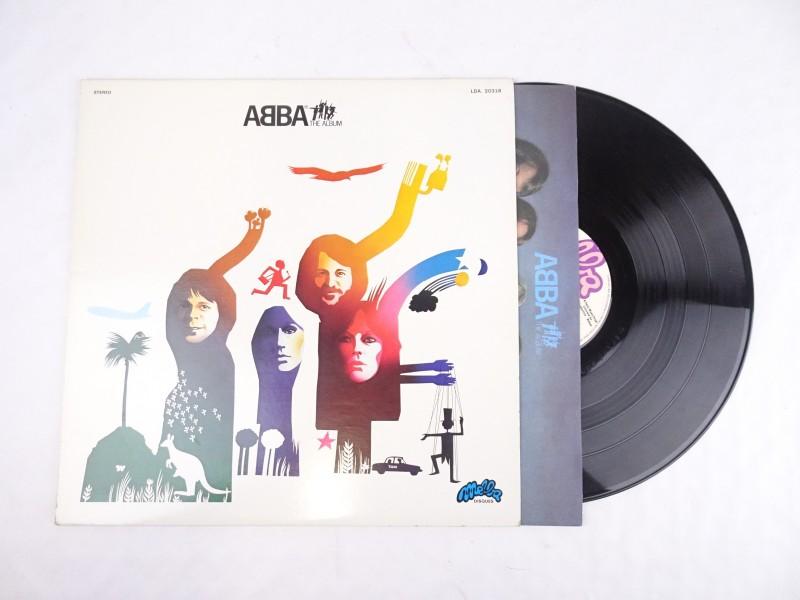 Vinyl album: ABBA The Album.