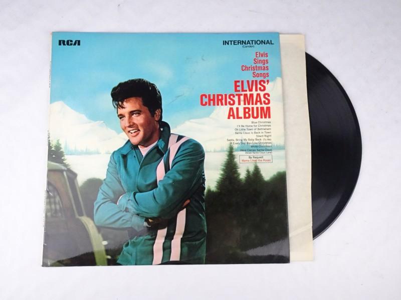 Vinyl album: Elvis' Christmas Album.