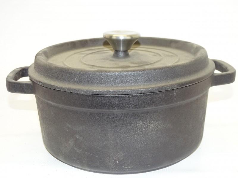 Zwarte Gietijzeren Kookpot, 24