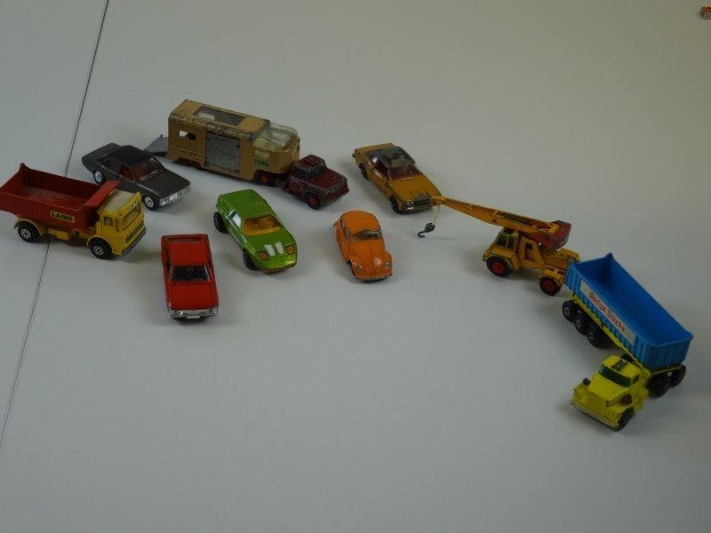 Lot auto's matchbox en andere