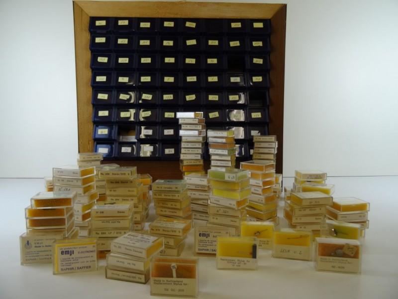 Groot lot vintage pick-up naalden met displaybox