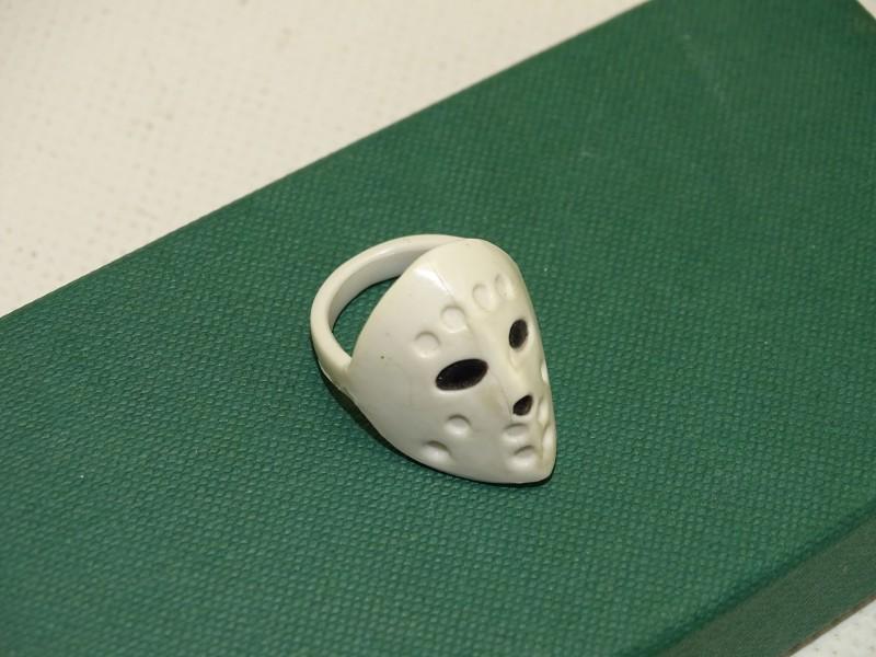 Ring, Jason Voorhees, Ringmaat 60