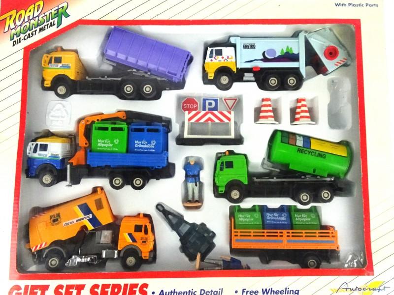 Road Monster 5 vrachtwagens