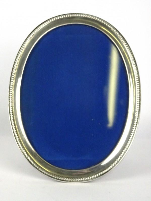 Zilveren ovale kader