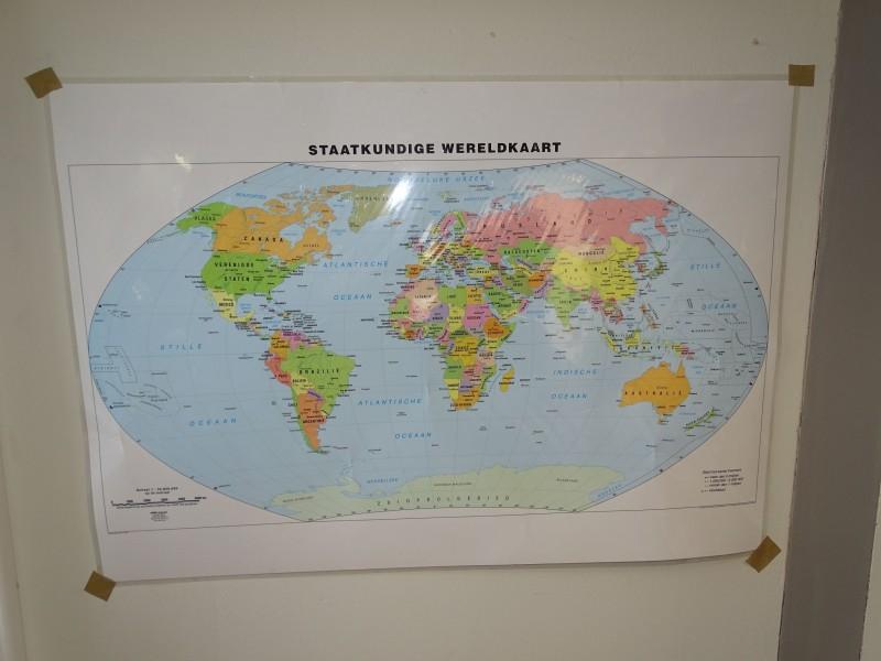 Staatkundige Wereldkaart, Abimo Uitgeverij, 2011
