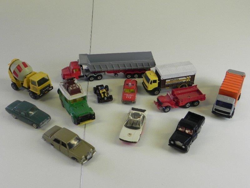 Lot autotjes Dinkey toys, Corgi, Matchbox