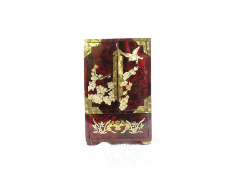 Chinees juwelenkastje