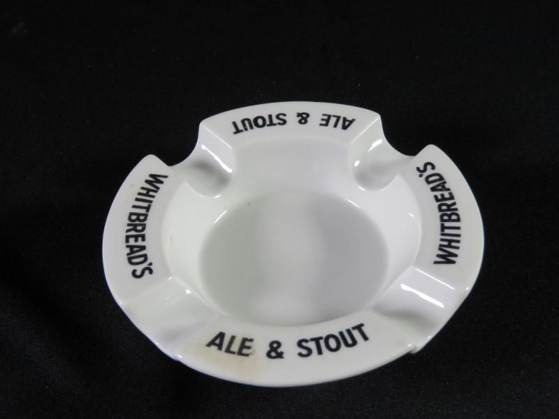 Asbak whitbread's Ale & stout