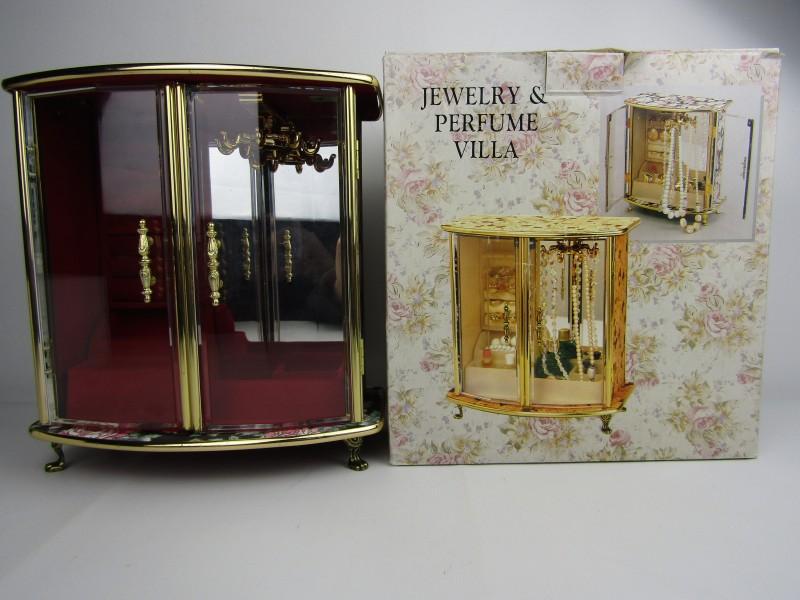 Juwelenkastje/ Jewelery & Parfume Villa