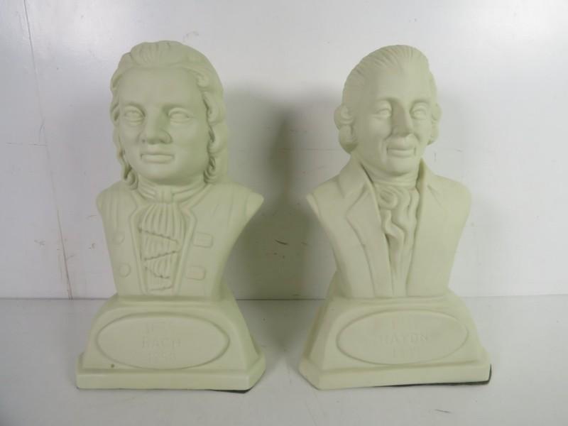 2 bustes van bekende componisten