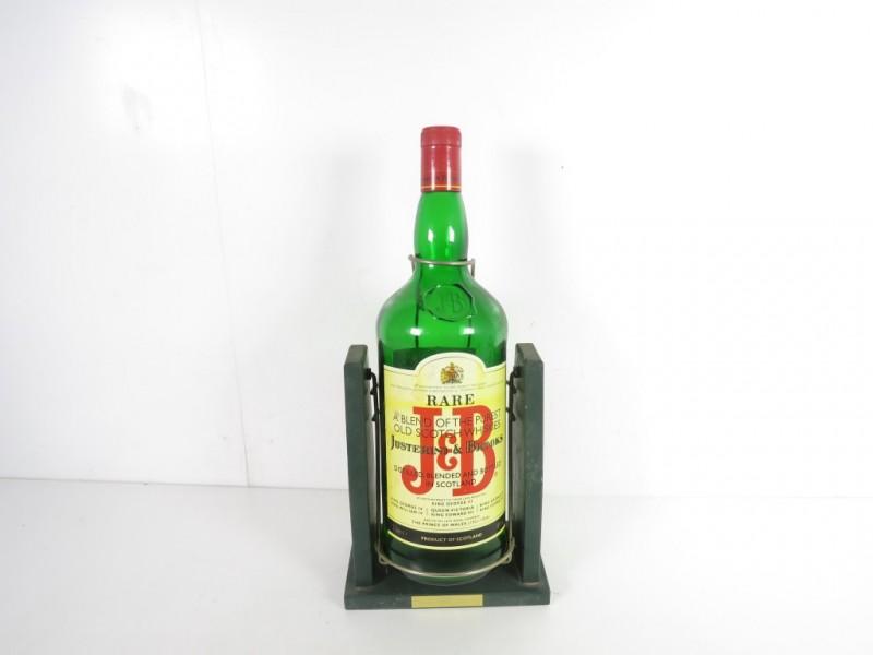 Grote fles J&B met staander