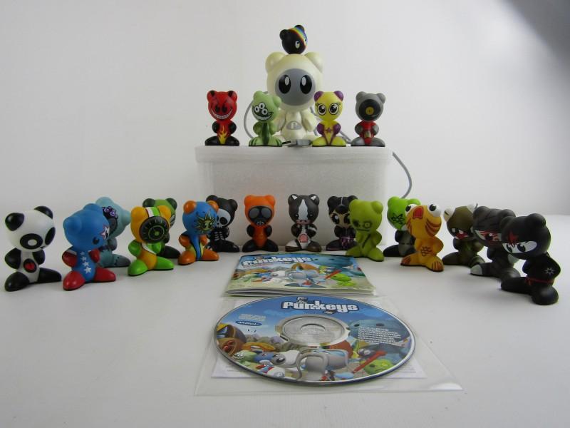 U.B.-Hub met 21 figuurtjes, Radica Games, ©2007 Mattel