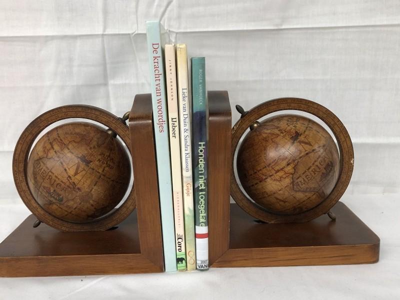 Duo boekensteunen - wereldbollen