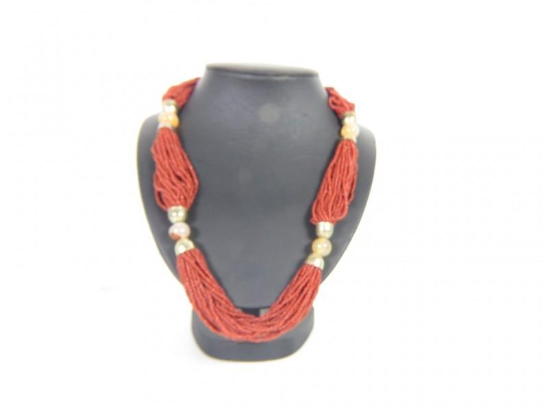 + Halsketting in rode natuursteen