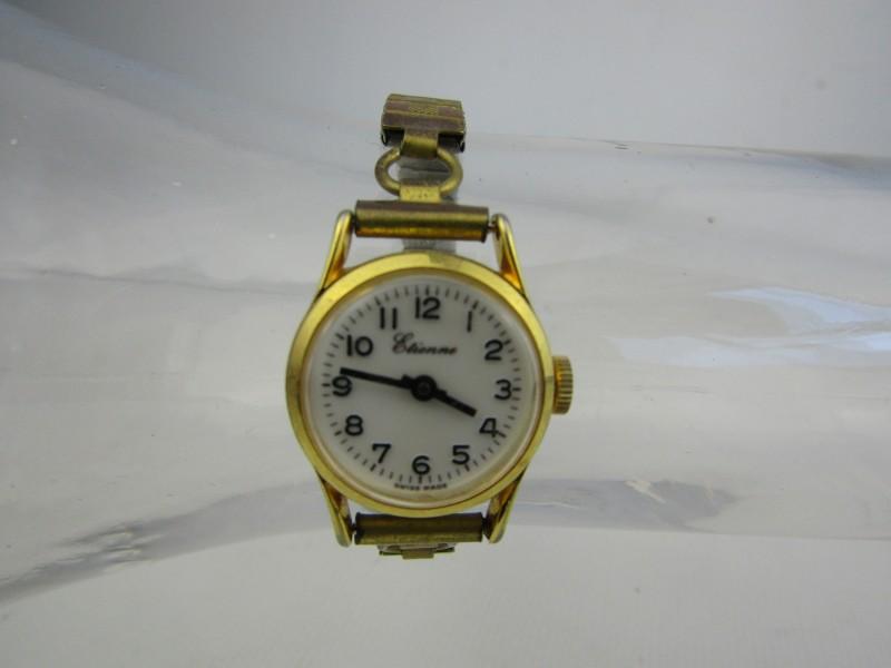 Retro Horloge: Etienne