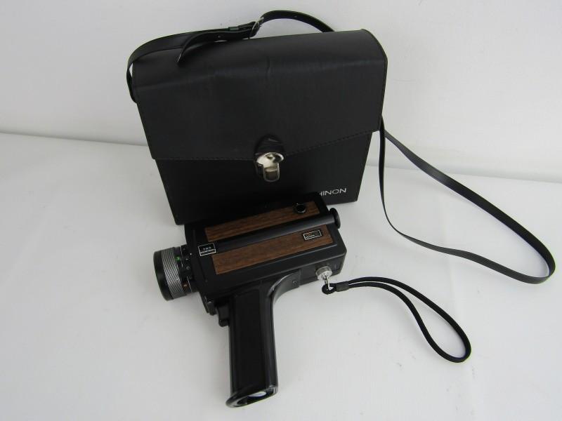 Super 8 Filmcamera: Chinon 723 met Motor-Zoom