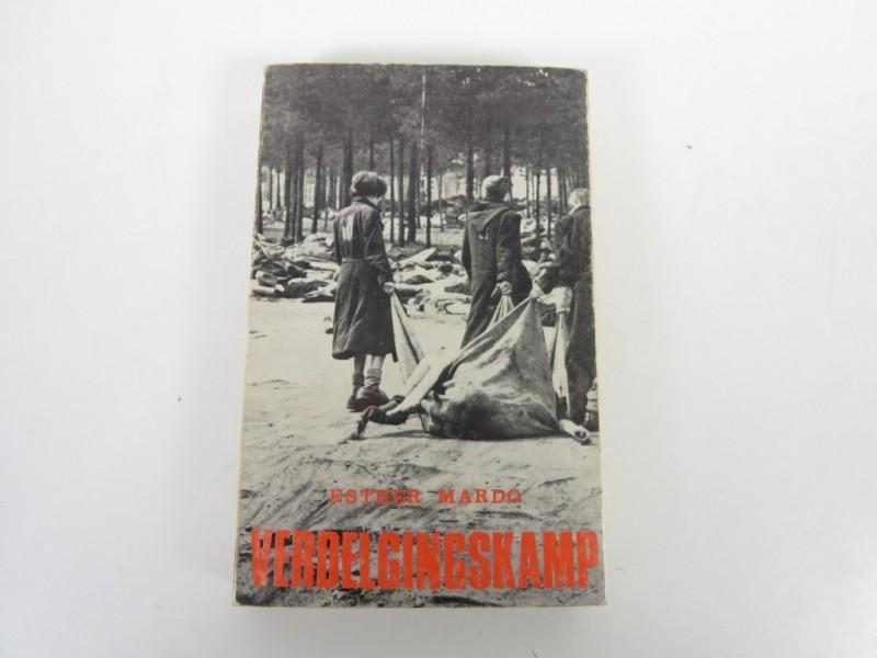 Boek - Verdelgingskamp