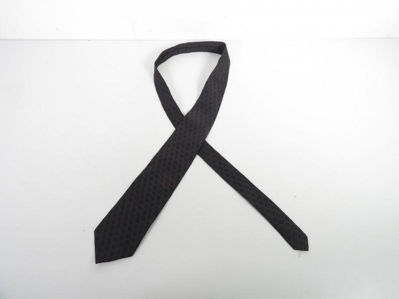 Zwarte zijden das gemerkt Galizia