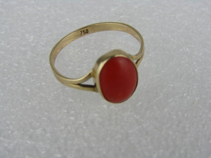 Gouden Ring met  Rode Steen, 750 (18K)