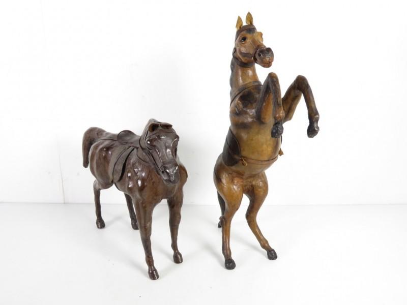Miniatuurpaarden