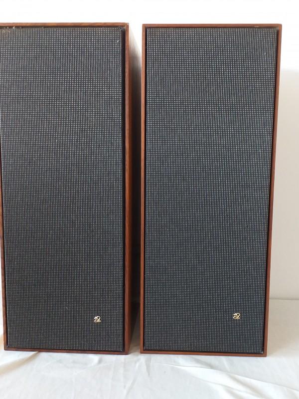 2 Bang&Olufsen BeoVox 2600 boxen