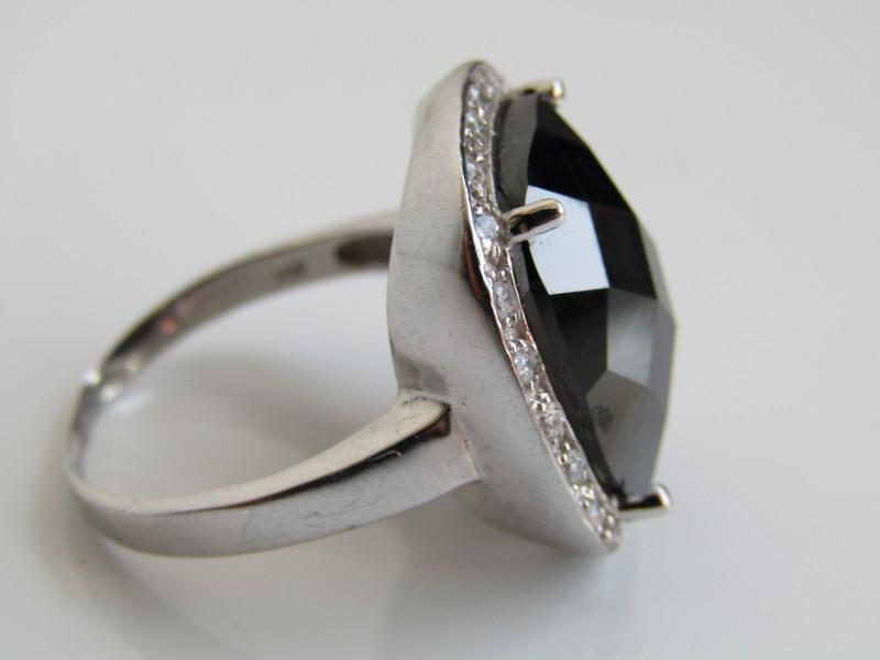 Ring met Zwarte Steen, 925 Zilver