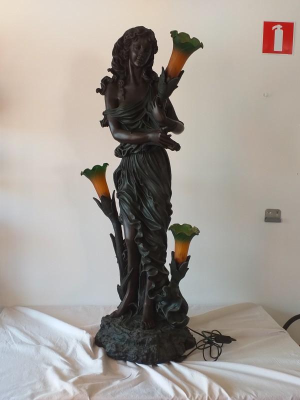 kunststof beeld lamp art nouveau