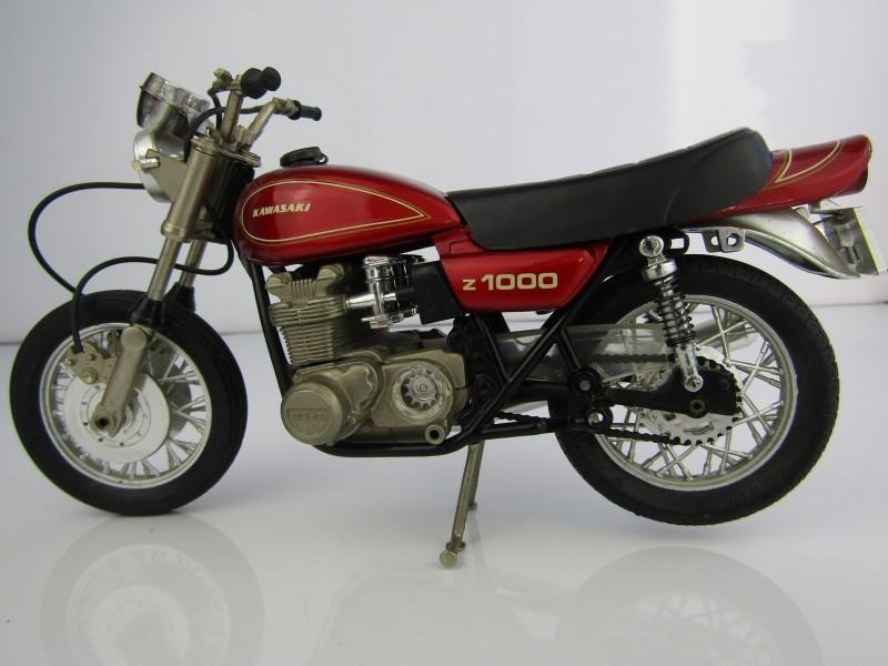Schaalmodel: Kawasaki Z1000, Guiloy