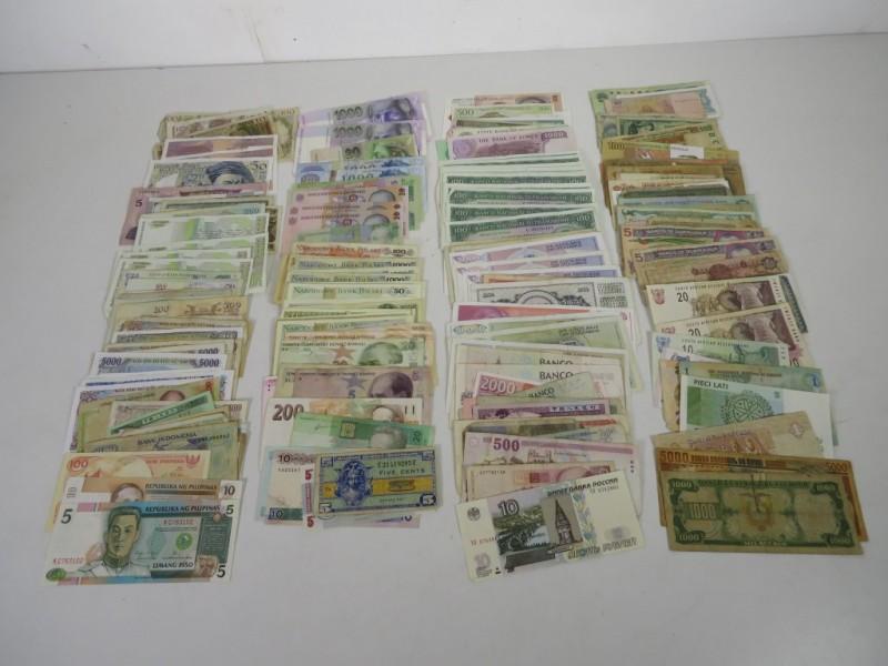 Verzameling bankbiljetten