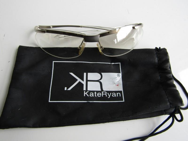 Sportieve Bril + Brillenzakje: Kate Ryan Eyeware