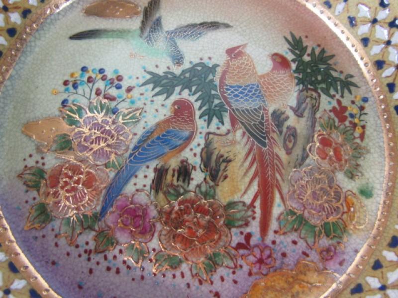 Schaal, Porselein, Oosterse natuurmotieven, Papegaaien, Handgeschilderd