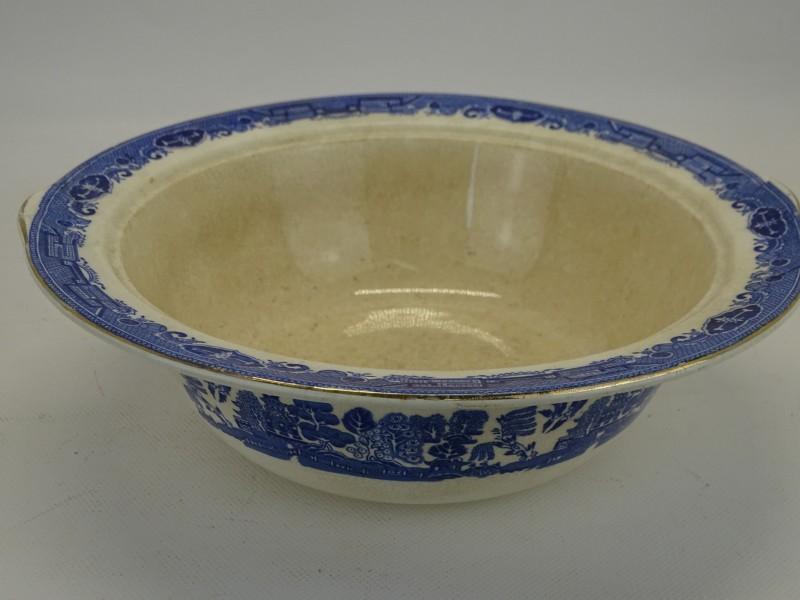 Antieke Porseleinen Kom met Oosterse Taferel: Willow Victoria Porcelain, Fenton, England